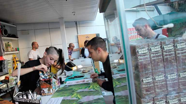 Zona de stands WeedMed party Valencia